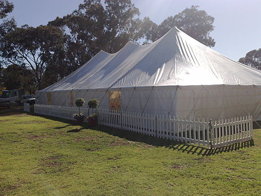 12 metre rope and pole with solid walls and picket fence
